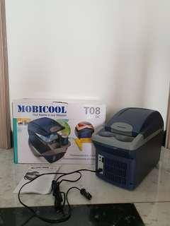 Kulkas Mini Portable Mobicool T08