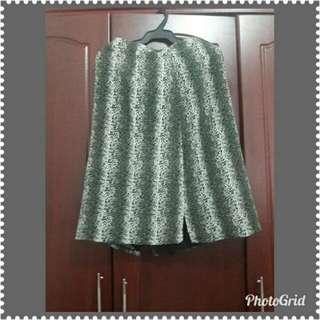 Midi Skirt (Pencil Cut)