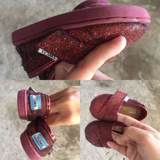 Toms shoes for baby girl