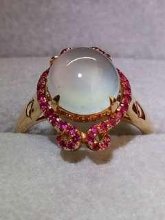 翡翠高冰種蛋面戒指 (18K金鑲寶石)