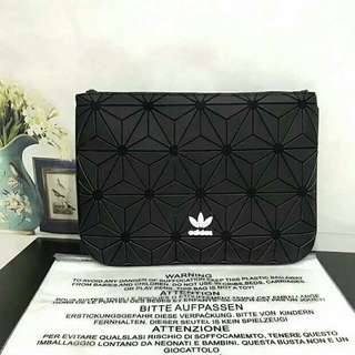 Adidas (Black/Rainbow) Sleeve 3D Clutch Bag/Adidas issey miyake clutch