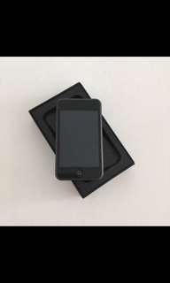 Apple Ipod - 8 gb