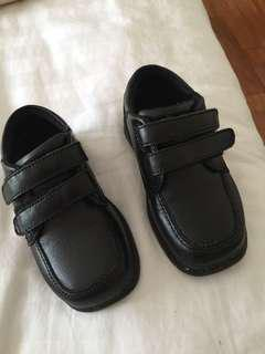 Stride Rite black leather shoes