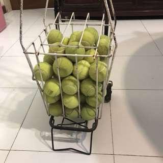 Trainee tennis balls