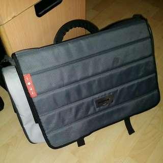 Mono Producer Bag