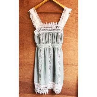 日本帶回🇯🇵蕾絲拼接雪紡紗洋裝