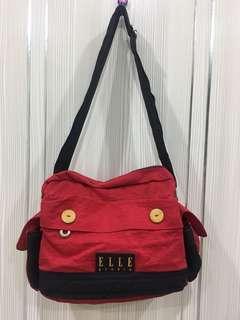 🚚 ELLE側背包