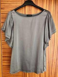 Emporio Armani Grey Top 女裝上衣