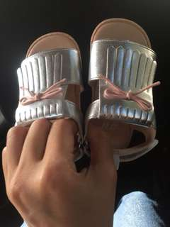 Hnm baby shoes