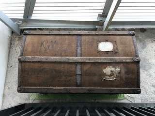 Vintage Trunk / Chest