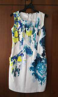 Dress with colourful prints