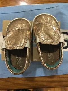 Toms metallic baby girl shoes