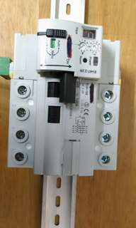 Automatic reset home or building circuit breaker