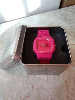 大特價平放低至半價香港迪士尼 Disneyland 正版Minnie Mouse 米妮老鼠桃紅色手錶