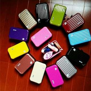 🚚 行李箱造型化妝包