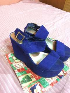 Forever 21 Royal blue wedge shoes