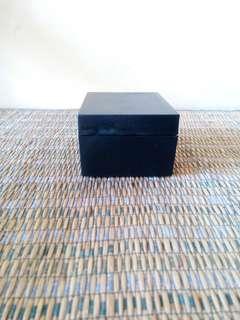 Kotak jam (B)