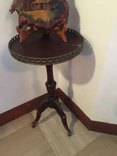 Guys this is very old - Baroque style - ornamental 3 leg coffee table