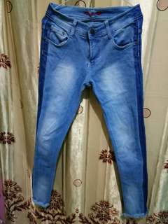 Casell Jeans