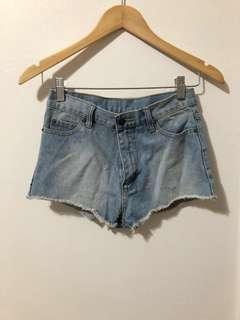 CHEAP MONDAY | denim shorts
