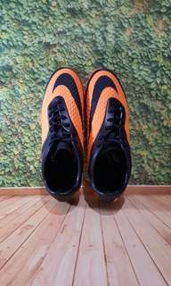 Sepatu Futsal - NIKE HYPERVENOM