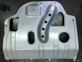RAV4 2014 4代引擎下護板、二手買來沒裝