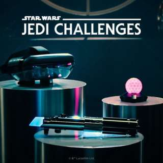 Star Wars™: Jedi Challenges - AR Headset with Lightsaber Controller and Tracking Beacon - Black