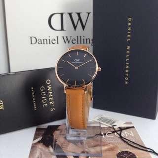 Daniel Wellington Petite Classis Durham