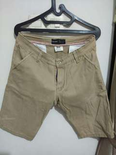 Celana pendek Zara Man size 33