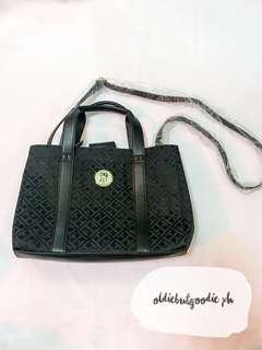 Brand New & Authentic Tommy Hilfiger Shoulder Bag