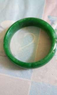 緬甸手環玉石 青翠透視 非常漂亮收藏40年 特價賣出