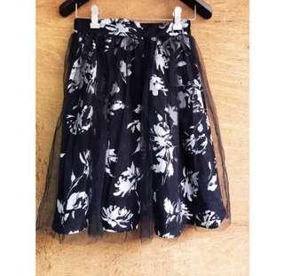 日牌🇯🇵Million成熟感水墨花柄三層式紗裙