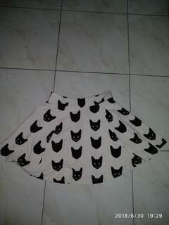 Skaters skirt  by h&m