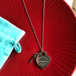 Tiffany necklace 銀牌金鎖匙