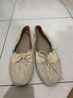 Preloved shoes Original!