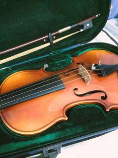 Violin 4/4 (if interested pls whatapps0127667429)