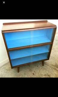 Pencil leg sideboard