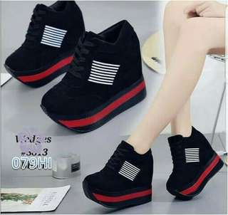 BOOTH WEDGES DOLBY