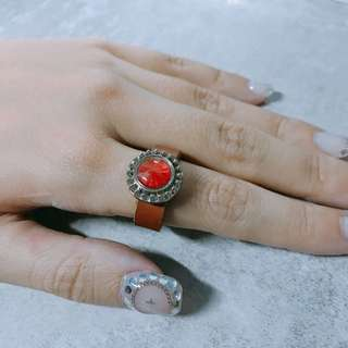 紅寶石皮戒指