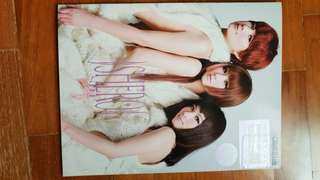 🚚 S.H.E Selina Hebe Ella SHERO Album Lyrics Books x 2