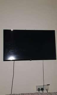 42 inch Lg smart tv