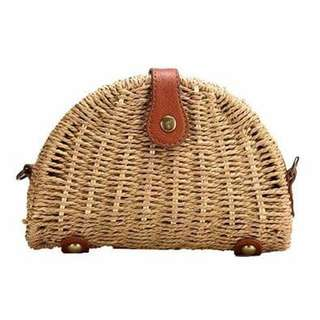 Shell Rattan Straw Crossbody Bag 20cm x 13cm