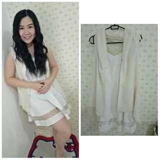 Dress pesta putih + Blazer bulu