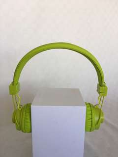 🚚 Bluetooth Wireless 5 in 1 Headphone and Speaker.  Free App,  Wireless calls and Music, TF Card play, FM Radio, Audio input, Use Headphone for personal enjoyment or Speakers for all companions to enjoy.  Lime Green