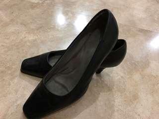 Pre loved Aerosoles ladies shoes