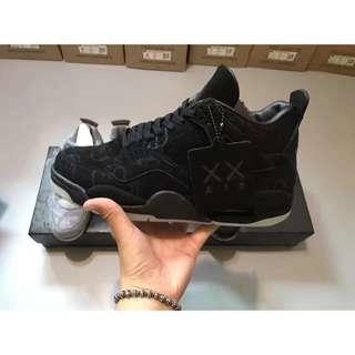 Nike KAWS X Air Jordan 4 黑麂皮 男女