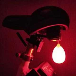 🐣小蛋蛋🐥風騷充電尾燈4段燈光模式Egg shaped USB rechargable bike bicycle back light