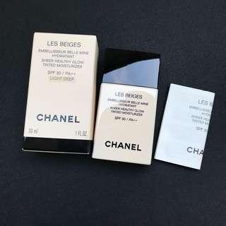 Chanel Les Beiges Sheer Healthy Glow Moisturzing Tint Broad Spectrum SPF 30
