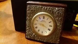 Royal Selangor quartz clock, pewter decoration wooden base