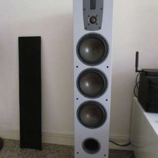 Dali Ikon 7 Speaker with Leo Research Vacuum Tube Integrated Power Amplifer (Pure Class A)